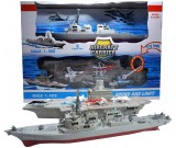 Lotniskowiec i krążownik - baza militarna